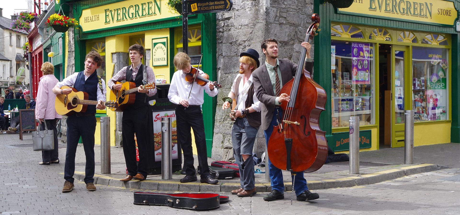 Galway Irland Straßenmusiker